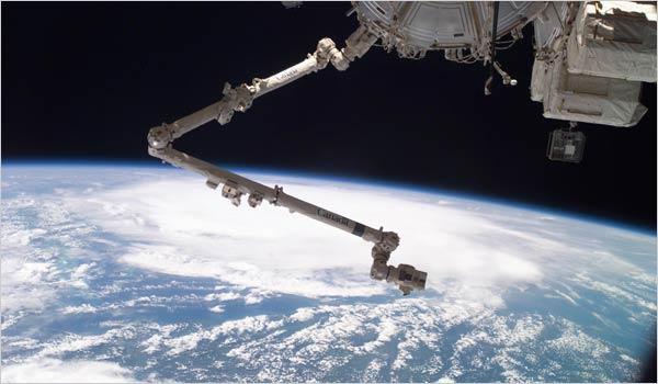 Huracán Emily desde la Estación Espacial Internacional.
